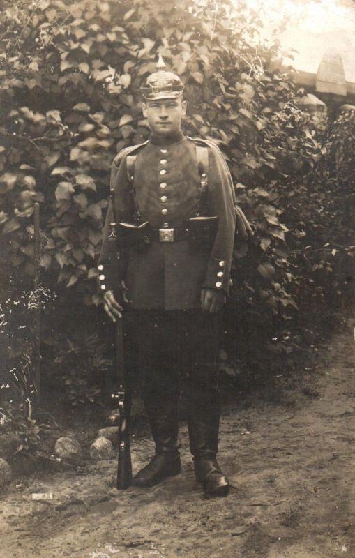 Originalfoto 9x13, Soldat, Pickelhaube, Munsterlager, ca. 1910
