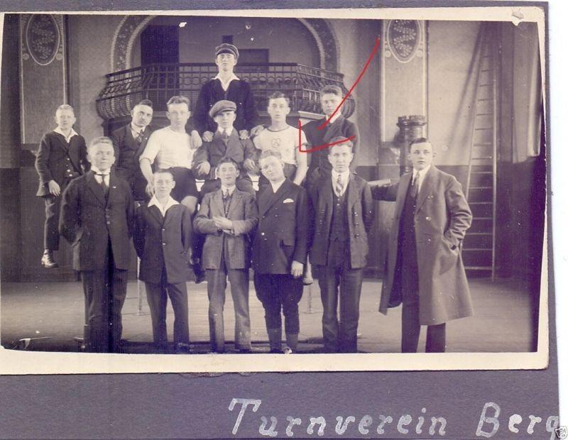Originalfoto 9x13cm, Mitglieder Turnverein Bergkamen in Turnhalle,1925