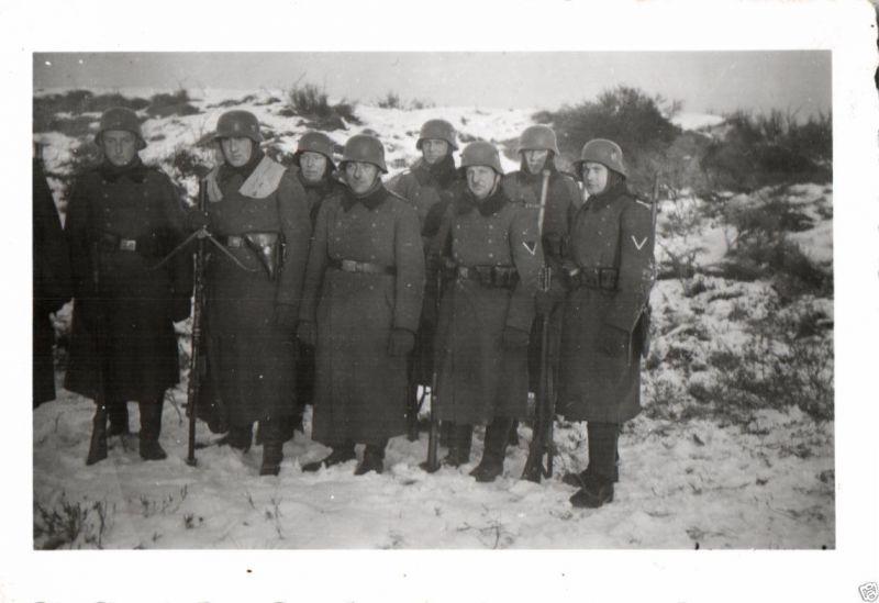 Originalfoto 7x10cm, MG-Trupp, Winter 1940