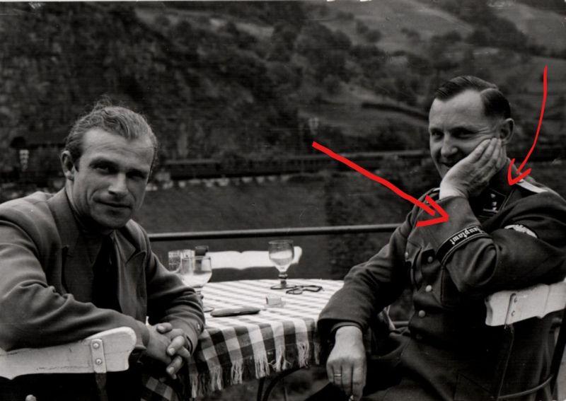 Originalfoto 10,5x15cm Polizei Offizier \\\
