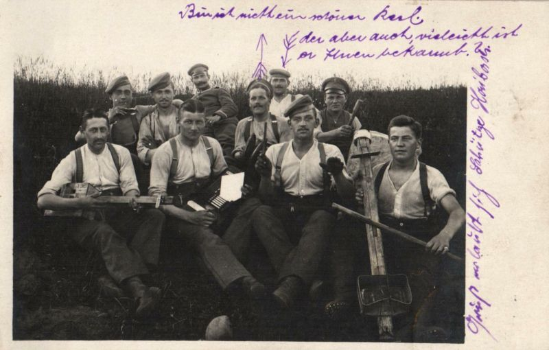 Originalfoto 9x13, Soldatenkapelle mit selbstgebauten Instrumenten, 1916
