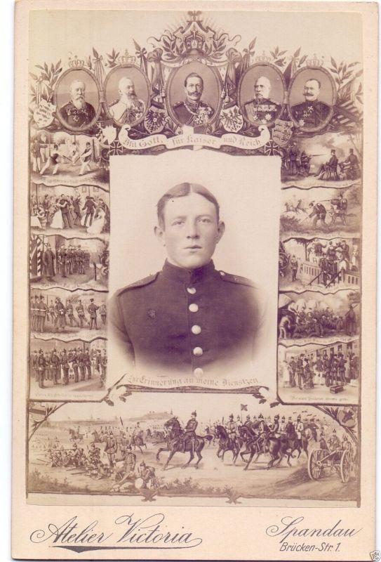 CDV 10,5x16,5cm, Spandauer Soldat, Erinnerung a.d. Dienstzeit, ca. 1890
