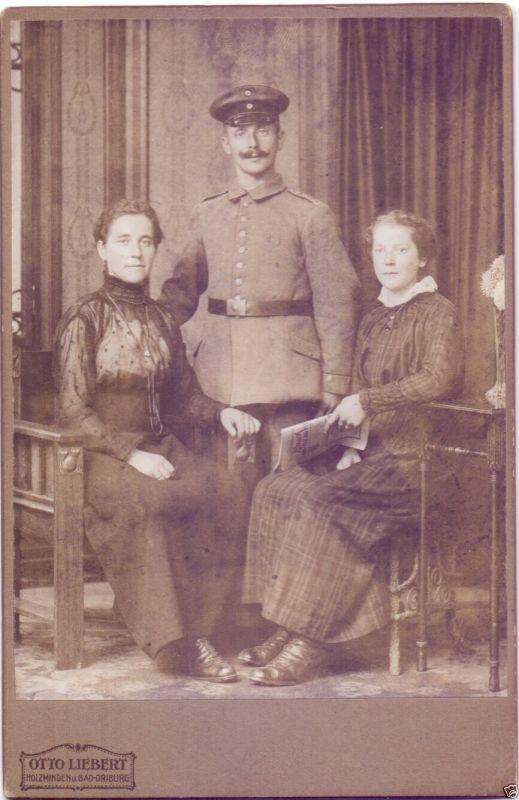 CDV 11x16,5cm, Soldat+Familie Holzminden, ca. 1915