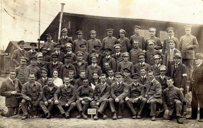 Originalfoto 9x13, D. Kriegsgefangene kurz vor Entlassung L. Avig. St. 72