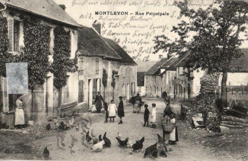 Foto AK, Montlevon, Rue Principale