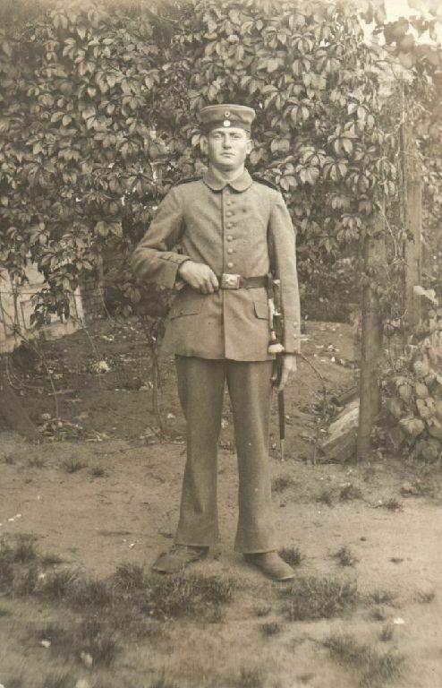 Originalfoto 9x13cm, Soldat mit lagem Bajonett