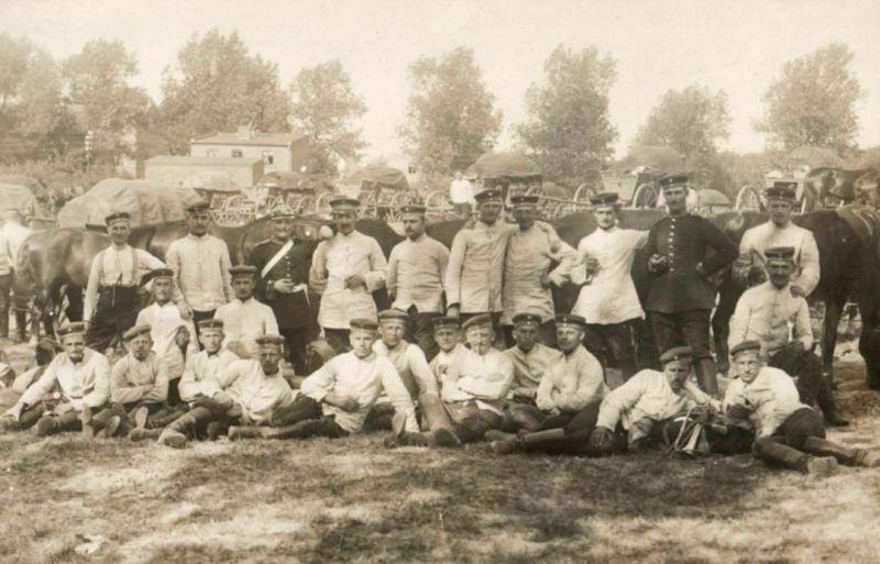 Originalfoto 9x13cm, Soldaten, Fuhrparkkolonne, Ausrüstung