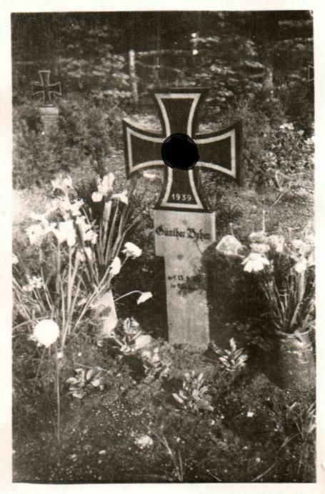 Originalfoto 9x6cm, Deutsches Soldatengrab Günter Behm