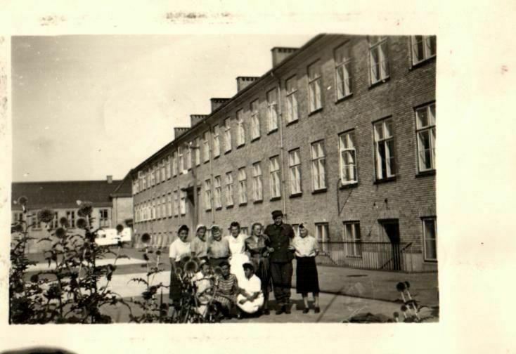 2 Originalfoto 6x9, Kriegslazarett 3
