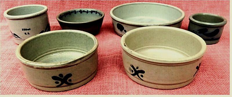 6 runde Steingut / Steinzeug Gefäße / Schalen -  bläulichgraue Salzbrandglasur -   Von ca. 7,5 bis 17,5 cm Durchmesser