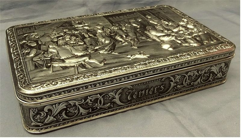 ältere De Beukelaer Blechdose aus Belgien / Antwerpen - ca. 33 x 20,5 cm Größe