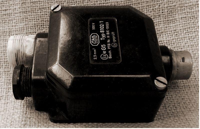 alte Bakelit Abzweigdose Verteilerdose Industrial Starkstrom 500 V 2,5mm²  5
