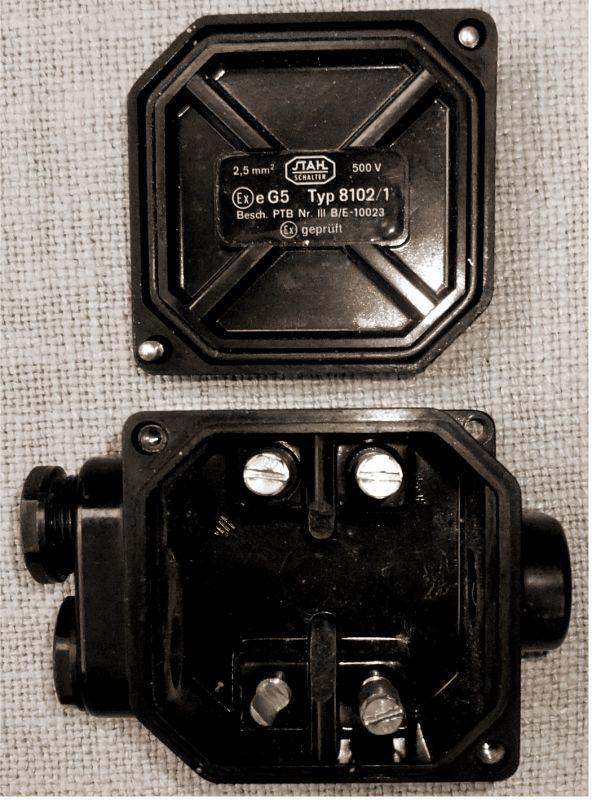 alte Bakelit Abzweigdose Verteilerdose Industrial Starkstrom 500 V 2,5mm²  6