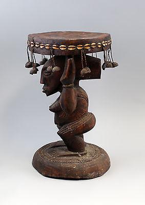 Karyatiden-Hocker Afrika Luba Kongo 20. Jh. Holz geschnitzt 7839003 1