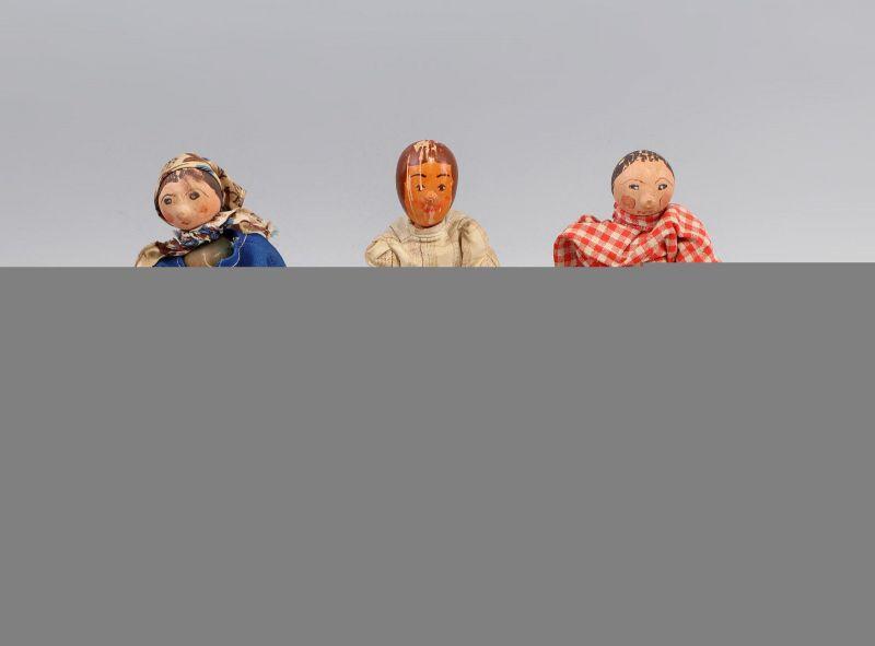 3 alte Holz-Püppchen 99810064
