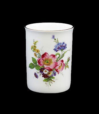 Porzellan Henkel-Becher Tasse Blume Rose Kämmer 11x8x10cm 9988370