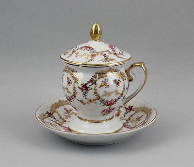 Porzellan - Deckel-Tasse mit Rosen- und  Gold-Dekor 9987107 1