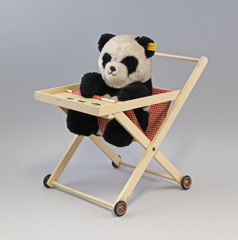 99810073 klappbares Babystühlchen für Puppen antik und Panda Steiff