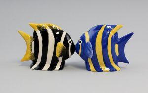 9976065 Salz/Pfeffer Streuer Paar Engel-Fische Fisch Keramik H8cm