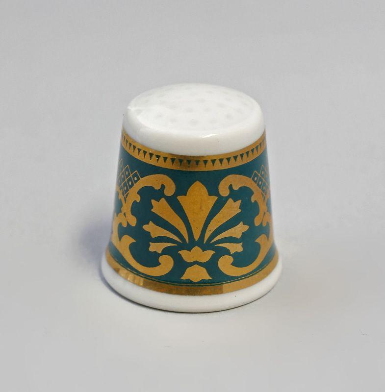 Kämmer Porzellan Fingerhut Blume Ornament gold/grün 2,5x2,6cm 9988234