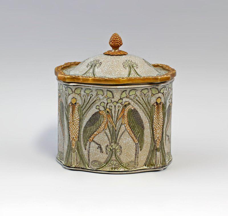 9937957  Keramik Messing Deckel-Dose Pelikan Jugendstil