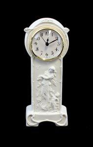 Porzellan Uhr Jugendstil-Mädchen Bisquit Kämmer H22cm 9944208#