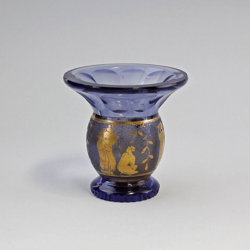7935014 Glas Vase Böhmen um 1930 Art déco mythologisches Golddekor