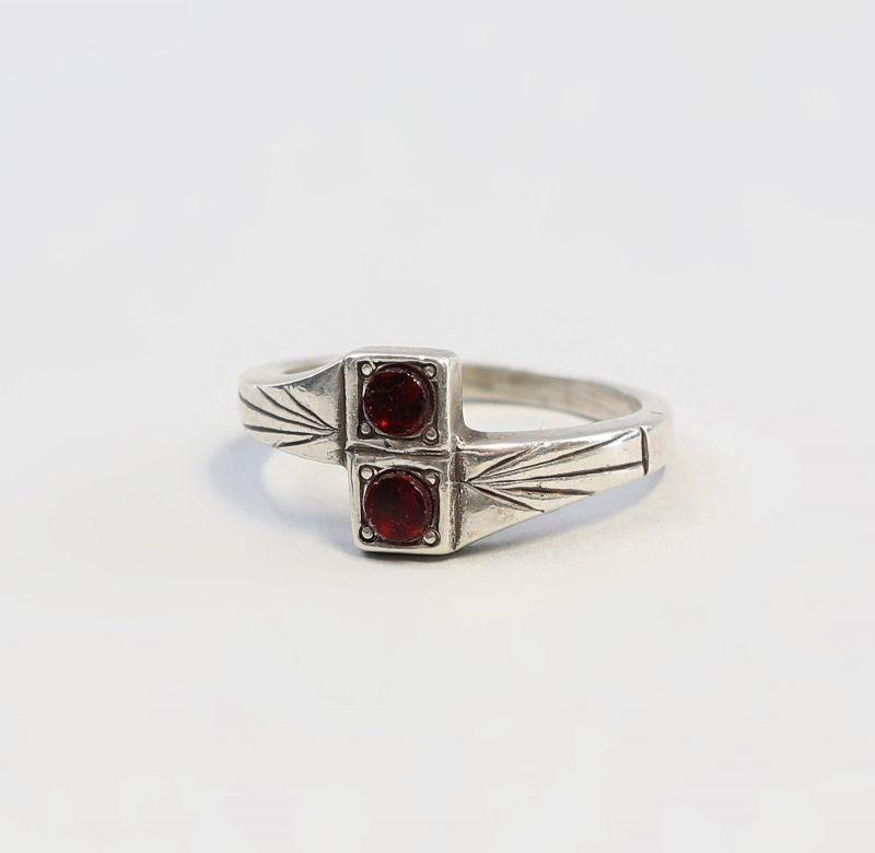 9901404 Ring mit Granat 925er Silber Gr. 53