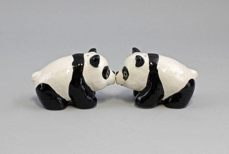 Paar Salz- u. Pfeffer Streuer Pandas Keramik 8x5x5cm 9976108