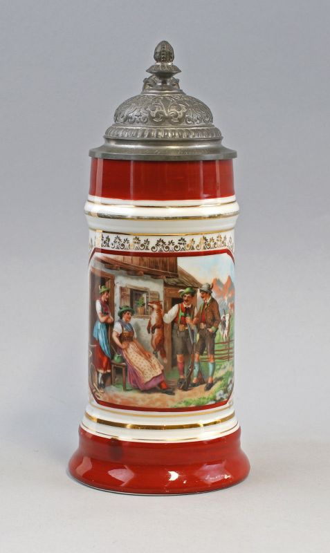 8145018 Porzellan Bierkrug handbemalt Alpen-Szene Bauern um 1900