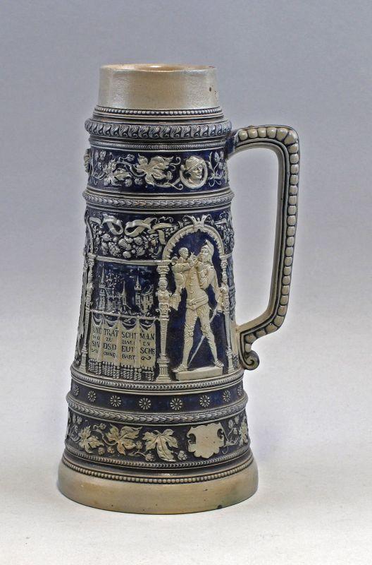 8145004 Großer Keramik Bierkrug Humpen Historismus Relief Salzglasur Westerwald