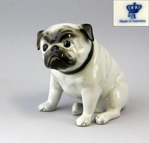 Porzellan-Figur Wagner & Apel Mops Hund grau H16cm 9942218