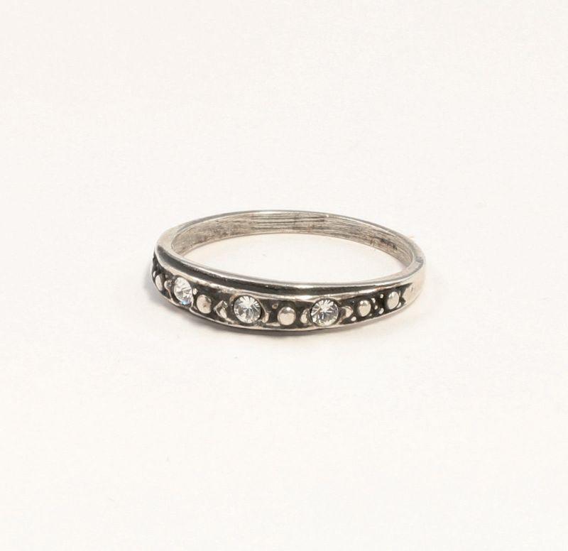 925er Silber Ring mit Swarovski-Steinen Gr. 51 filigran 9901378