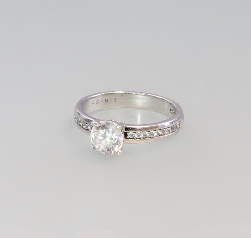 8225185 Zirkonia-Ring Esprit 925er Silber Gr.53