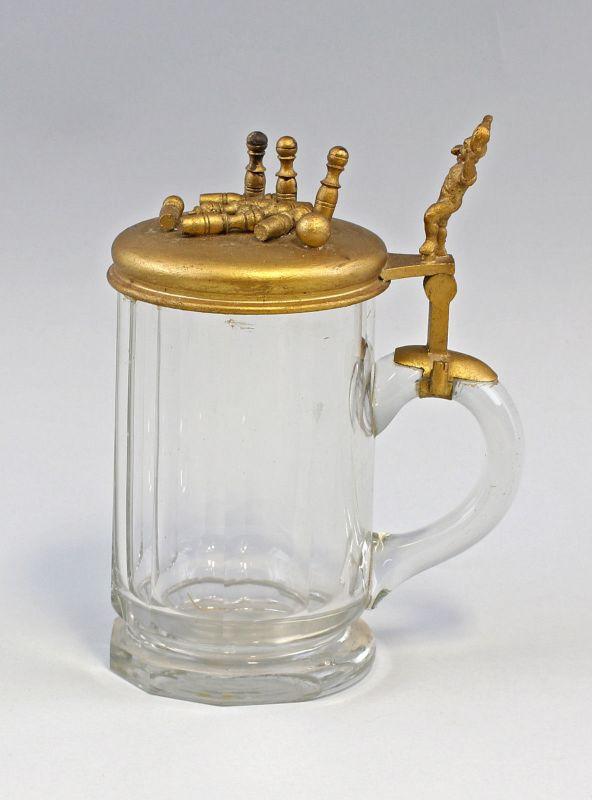 8248017 Kegler-Bierkrug um 1900 Glas-Bierkrug