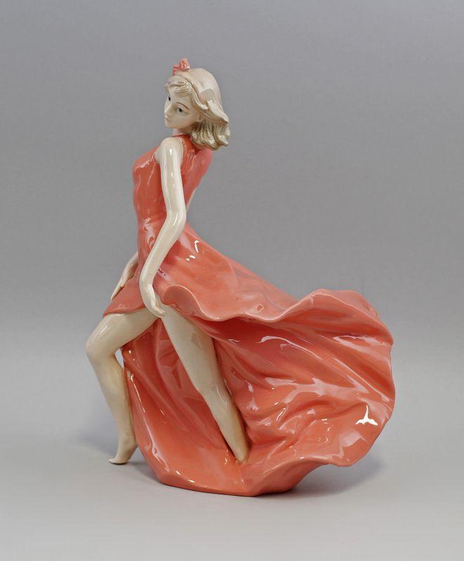 Porzellan Tänzerin im roten Kleid 9973009  II.Wahl 1