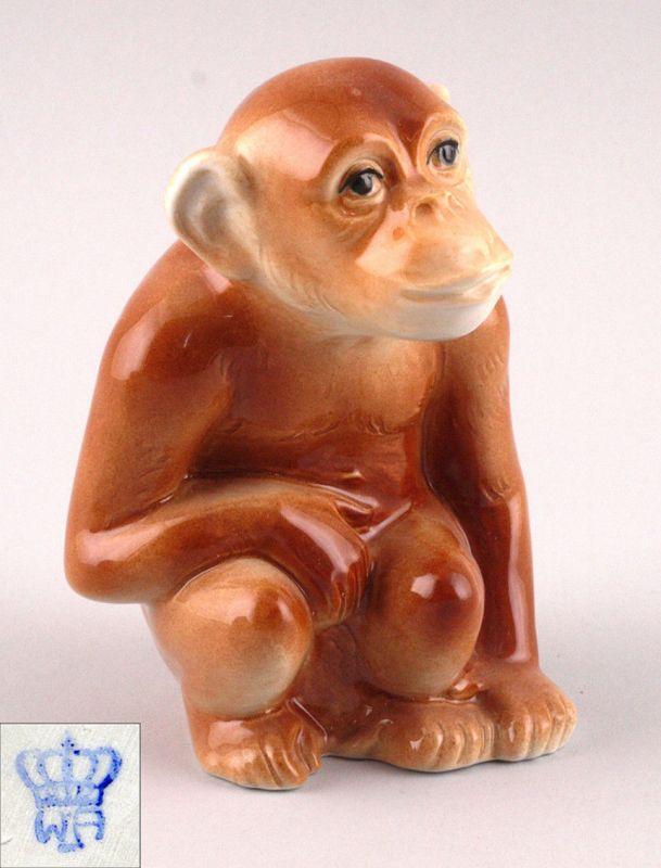 Porzellan Figur Sitzender Affe Wagner & Apel H12cm 9942073