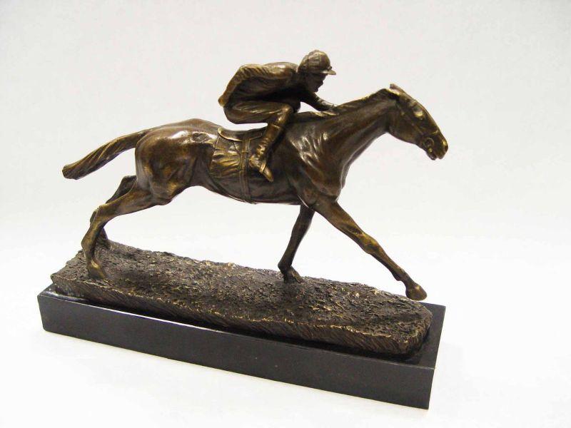 9937072-dss Bronze Skulptur Figur Jockey auf Pferd Reiter 21x8x29m