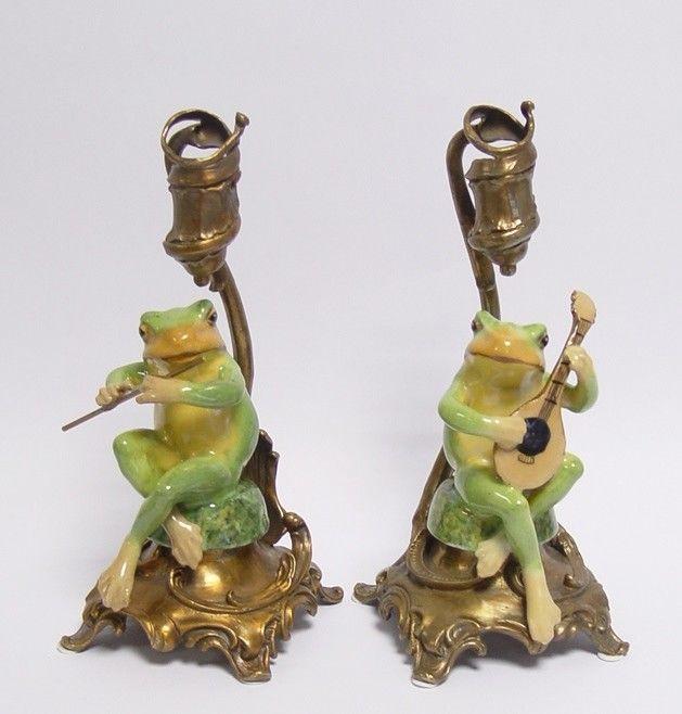 9937237/8 Paar Leuchter Bronze Keramik Frosch mit Flöte/Laute H26cm