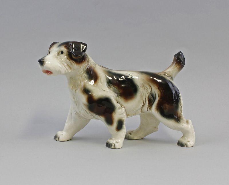 99840374 Porzellan-Keramik-Figur Hund Laufender Terrier