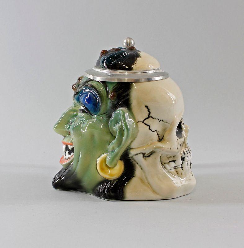 Ens/E.Bohne  Porzellan Figur Bierkrug Teufel grün / Totenkopf H17,5cm 9997990#