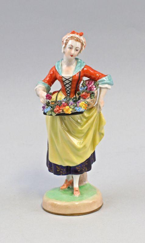8240036 Porzellan-Figur Blumenfrau Potschappel Dresden Aufglasurmalerei