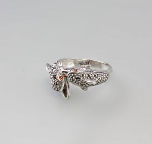 9927438 925er Silber Markasiten Ring Delphine Granataugen Gr.56