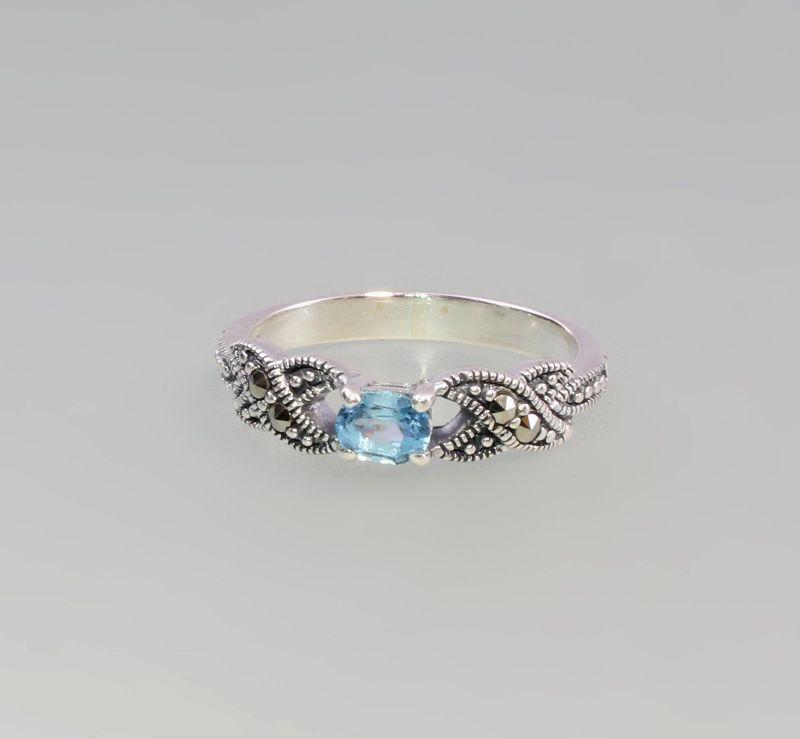 9927572 925er Silber Blautopas Markasiten Ring  Gr. 57