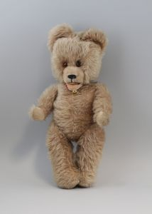 8310023 alter Teddy 44 cm kaum bespielt Mohairfell