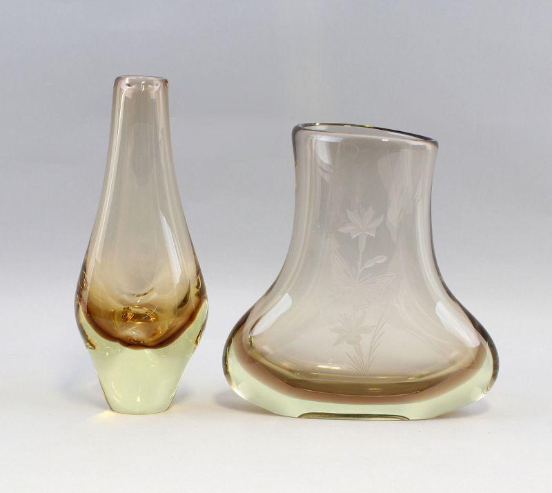 8335017 Zwei Glas Vasen Murano handbeschliffen