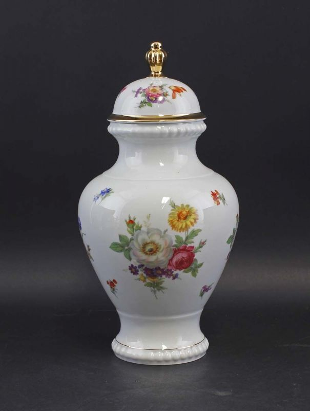8340136 Porzellan Deckel-Vase Bareuther Blumendekor