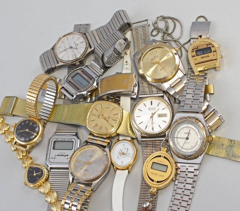 8320011 Konvolut Armbanduhren Citizen, Ruhla, Meister Anker, Emes, Seiko