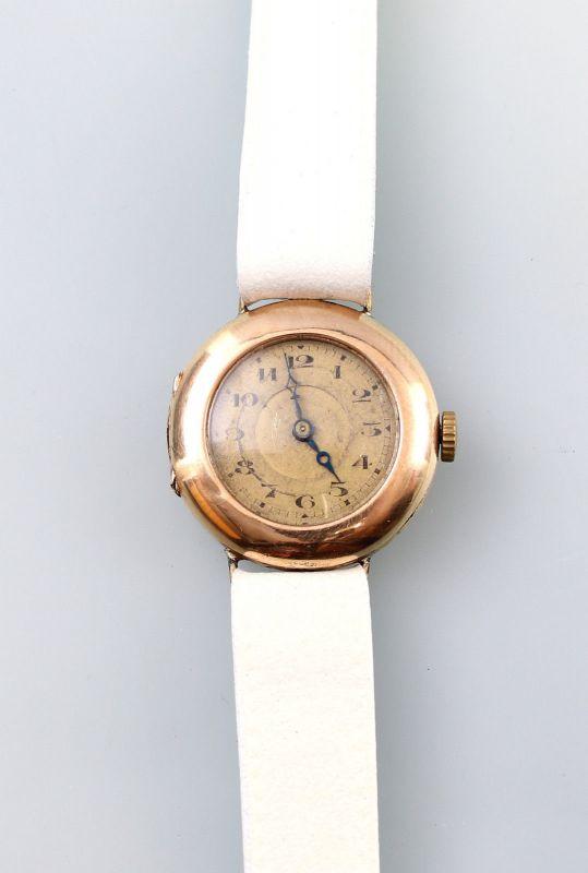 8320009 Goldene Damen-Armanduhr Iris WC um 1920/30