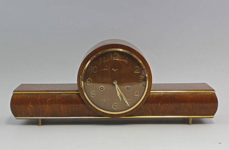 8320025 8-Tage Buffet-Uhr Glashütte mit Schlagwerk Mitte 20.Jh.